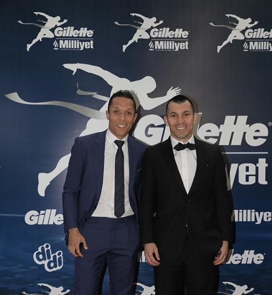 Adriano, Gary-Medel