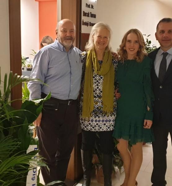 İbrahim-Pat Türkmenoğlu, Alison- Burak Turna