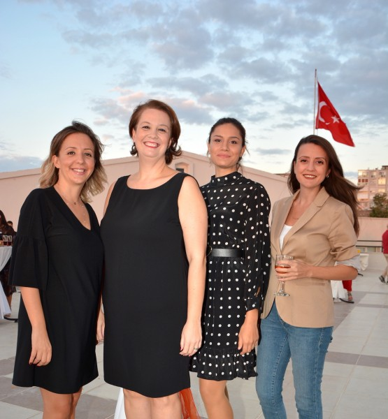 Işıl Akkaynak, Pınar Ülgen, Birgül Başol, Pınar Kugucak