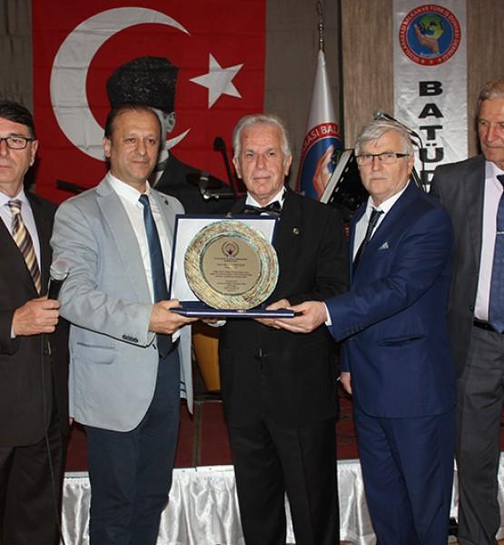 Mustafa Nezir-Ekrem Selimler, Akın Kazançoğlu