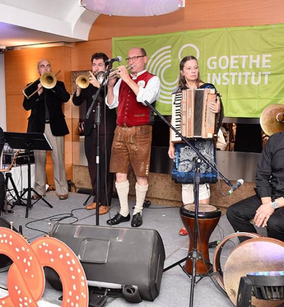 Unterbiberjer Hotmusik grubu