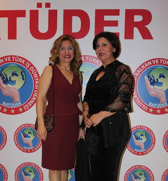 Zeynep Gürel, Kadriye Çınaroğlu